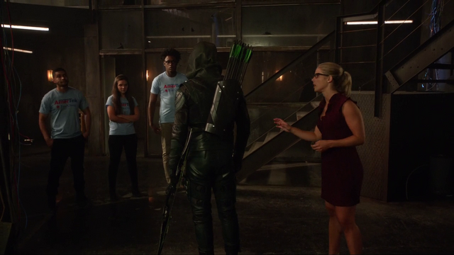 File:Green Arrow yells at his recruits.png