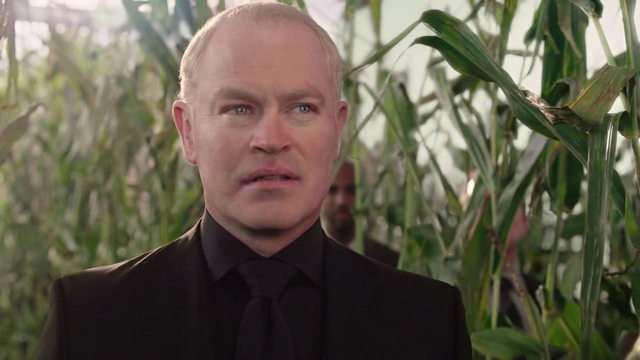 File:Darhk in the corn field.png
