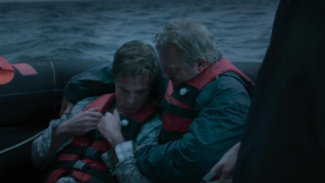 File:Oliver and Robert after the shipwreck.png