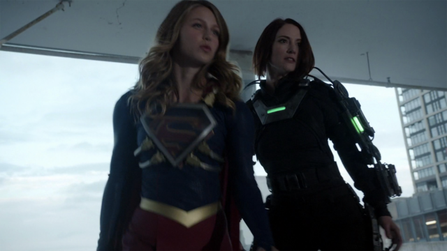 File:Supergirl and Alex vs Metallo.png