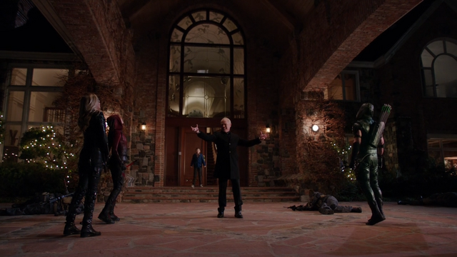 File:Damien Darhk stops Black Canary, Speedy and Green Arrow.png