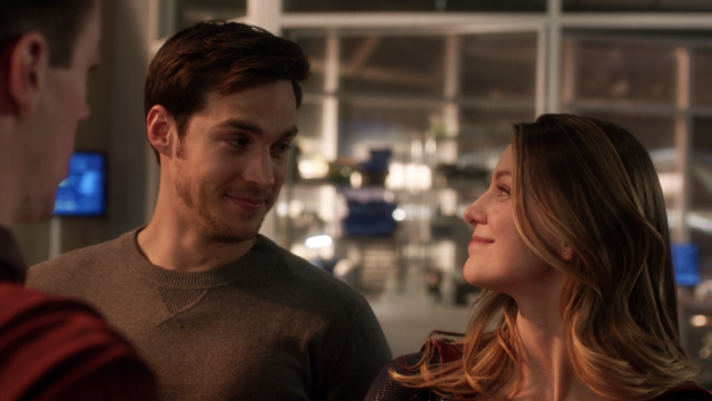 File:Kara forgives Mon-El.png