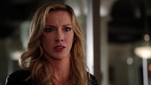 Laurel apologizes to Dinah