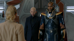 Lex Luthor on Earth-74's Waverider