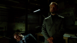 Anatoly shoots his hostage in front of Oliver