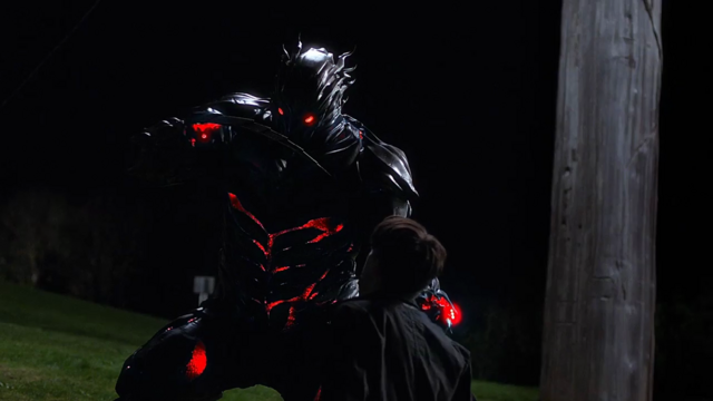 File:Barry defeats Savitar.png