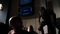 Hunter e Barry na Força de Aceleração