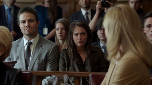 File:Oliver and Thea at their mother's trial.png