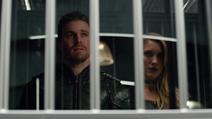 Oliver conversando com a Sereia Negra