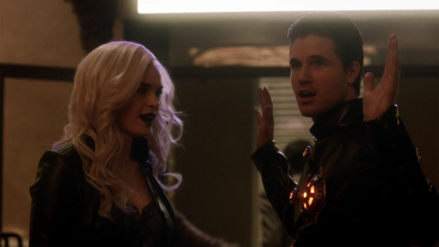 File:Deathstorm and Killer Frost search for Flash.png