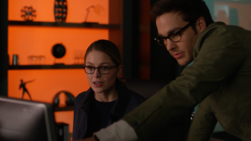Kara and Mon-El investigate Spheer