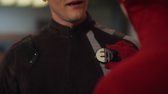 Elongated Man Suits Arrowverse Wiki Fandom