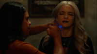 Frost receives Ray Palmer's nanite