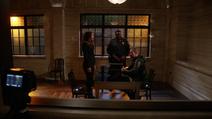 Dinah interrogando Oliver