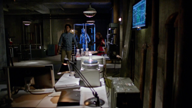 File:Curtis Holt and Felicity Smoak in Lair 2.0.png