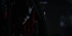 Batwoman vigiando os Corvos