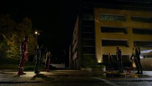 Nowa Rzesza kontra Supergirl, Zielona Strzała i Flash