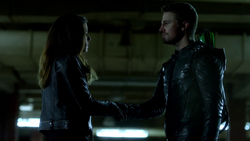 Dinah Drake accepts Oliver Queen's help