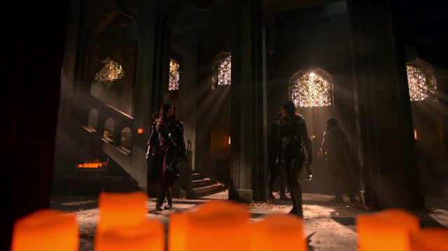 File:Nyssa and Talia al Ghul face each other.png