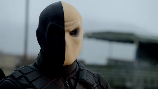 File:Billy Wintergreen wearing his balaclava.png