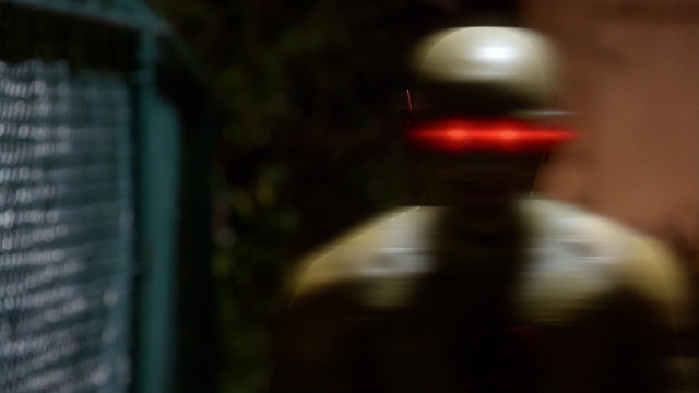 File:Reverse-Flash confronts Barry.png