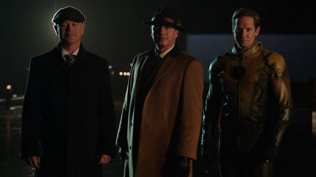 Archivo:Damen Darhk, Malcolm Merlyn, and Eobard Thawne introduce themselves to Al Capone.png