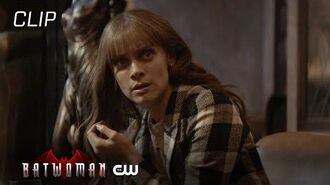 Batwoman Season 1 Episode 12 Beth And Luke's Talk Interrupted By Alice Scene The CW