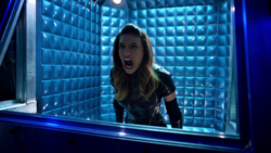 Black Canary trapped in the Pipeline