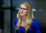 Felicity Smoak Emily Bett Rickards-2