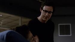 Eobard considers killing Barry
