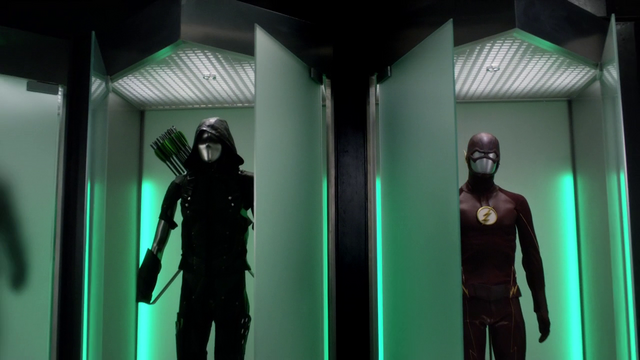 File:Green Arrow suit and the Flash suit side by side.png