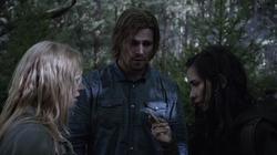 State v Queen - Oliver con Sara y Shado