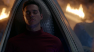 Mon-El in the pod