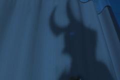 Danny se convierte en el Diablo Azul