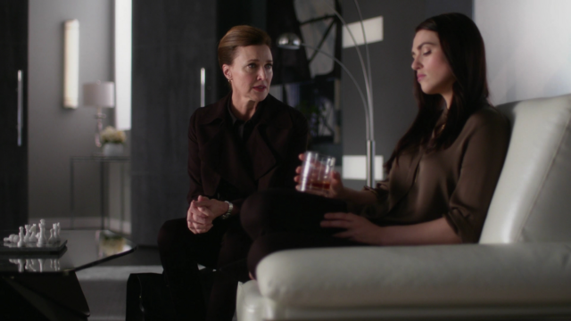 File:Lillian comes to see Lena.png