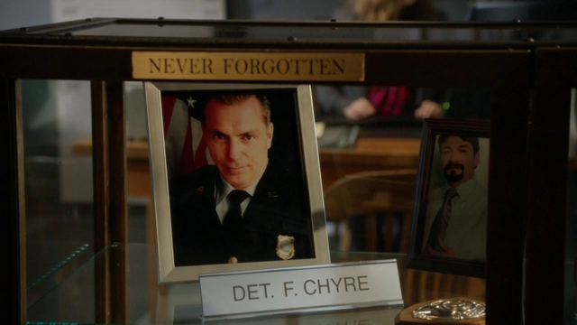 File:The memorial of Detective Chyre.png