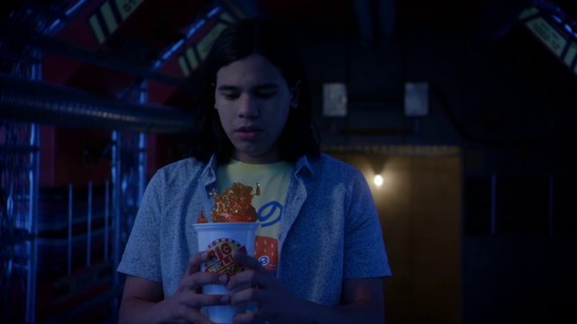File:Cisco bringing a Big Belly Burger drink to verify if the Reverse-Flash was there.png