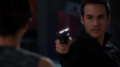Mon-El pulls a gun on his mother.png