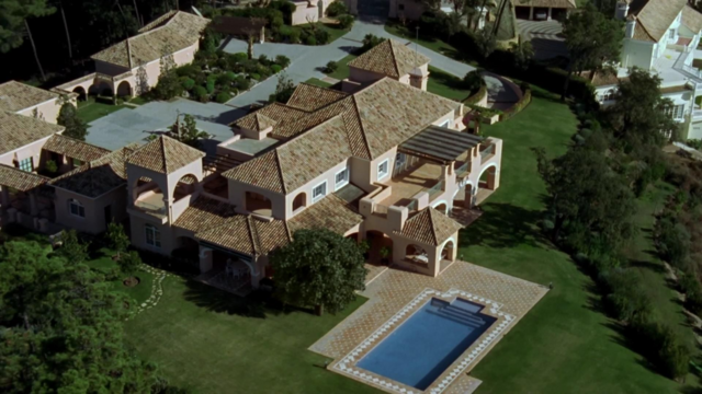 File:George Wolfman's mansion.png