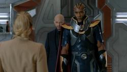 Novu stops Kara from attacking Lex