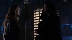 Supergirl meets Jindah Kol Rozz