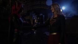 Batwoman e Supergirl