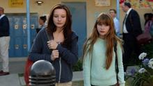 Kara e Alex na escola