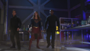 Kara, Mon-El and J'onn arrive to stop Rhea's portal