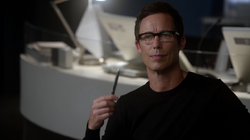 Eobard works with Joe