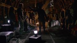 Deathstroke - Slade deja a Oliver en la isla