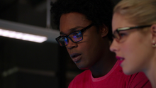 Curtis and Felicity learn that Ray is alive