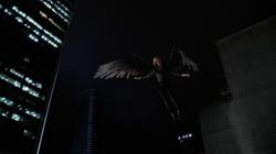 Legends of Today - Kendra volando tras conseguir emerger
