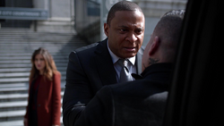 Dinah and Diggle ambush Diaz