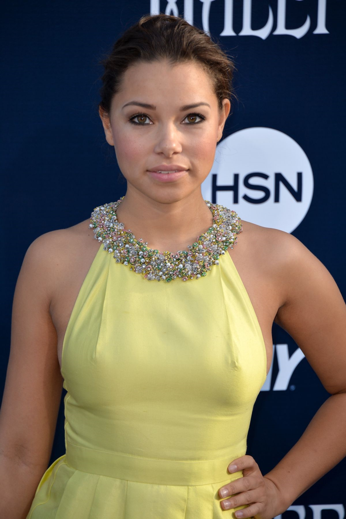 Jessica Parker Kennedy 2019